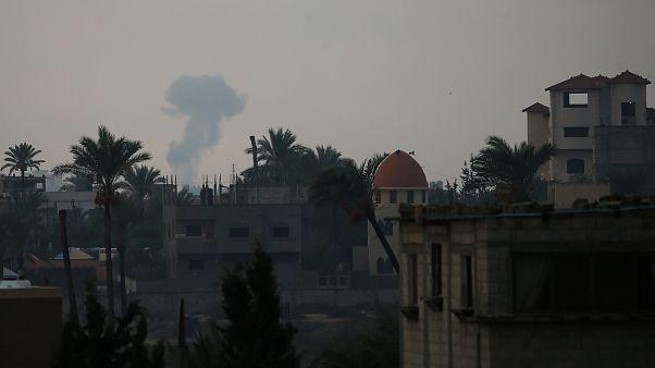 اسرائیل در پاسخ به شلیک راکت نوار غزه را بمباران کرد