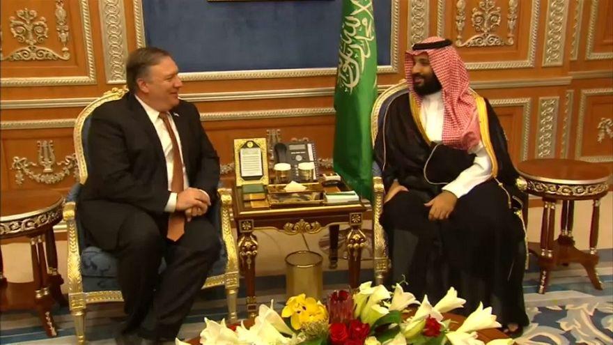 Arabia Saudí promete a Pompeo transparencia en el caso Khashoggi