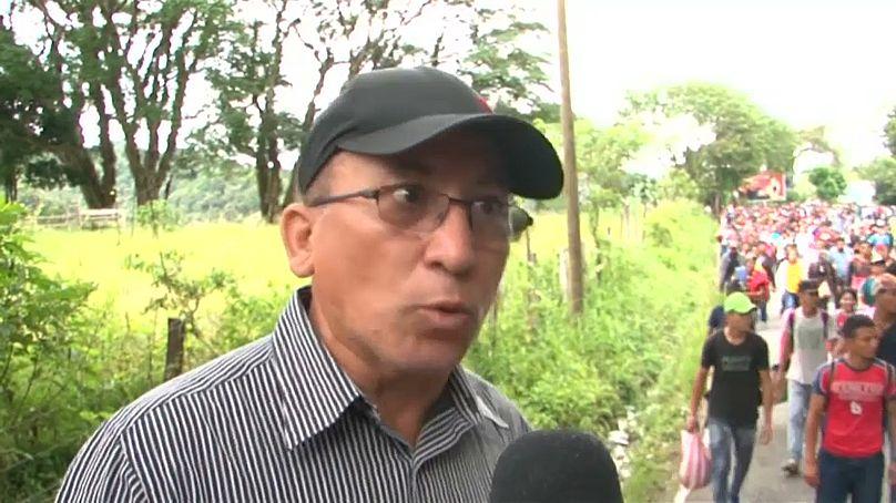 Gobierno permitió ingreso de más de 400 migrantes de caravana hondureña