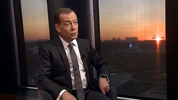 VİDEO | Medvedev: Rus bankalarını hedef alan yaptırımları ekonomik savaş olarak değerlendiririz