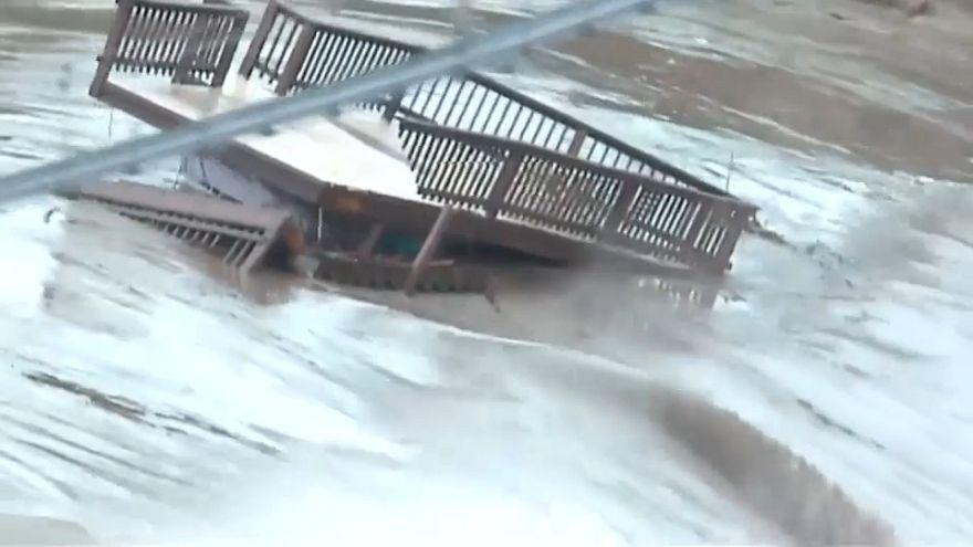 خسارات ناشی از سیلاب و طغیان رودخانه کلرودا در تگزاس