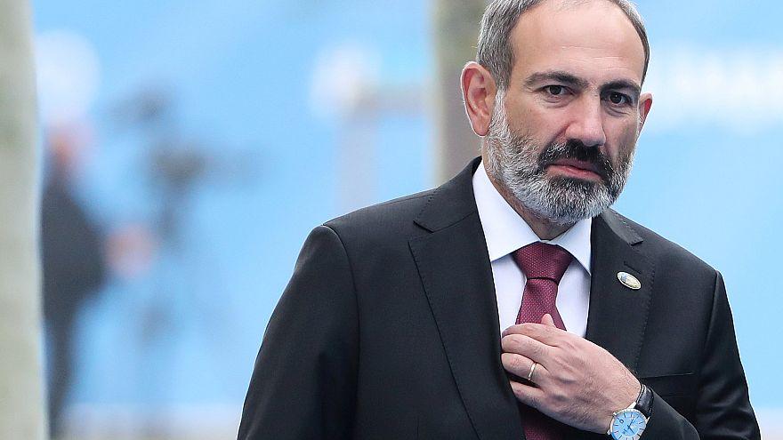 Rücktritt in Armenien: Premier Paschinjan leitet Neuwahl ein