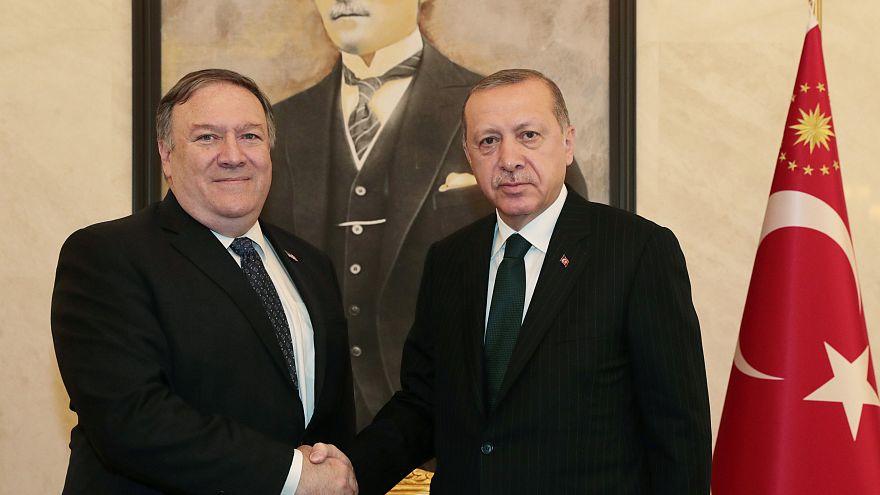 Pompeo: Rahip Brunson olayı sonrası Türkiye'ye yaptırımların kaldırılmasını değerlendiriyoruz