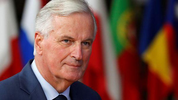 Η Β. Ιρλανδία παραμένει αγκάθι για τη συμφωνία του Brexit