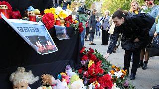 Crimée : l'heure du recueillement pour les rescapés
