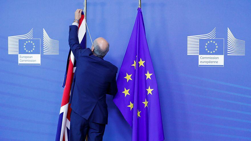 Avrupalılara göre AB 'yanlış yöne doğru' gidiyor