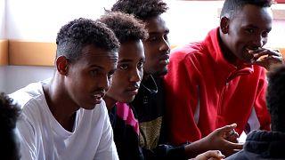 Portugal acolhe migrantes do navio Aquarius