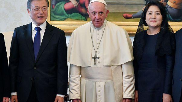 Papa recebe convite para visitar Coreia do Norte
