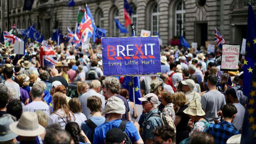 نیمی از اروپاییها: اتحادیه اروپا در مسیر نادرستی حرکت میکند