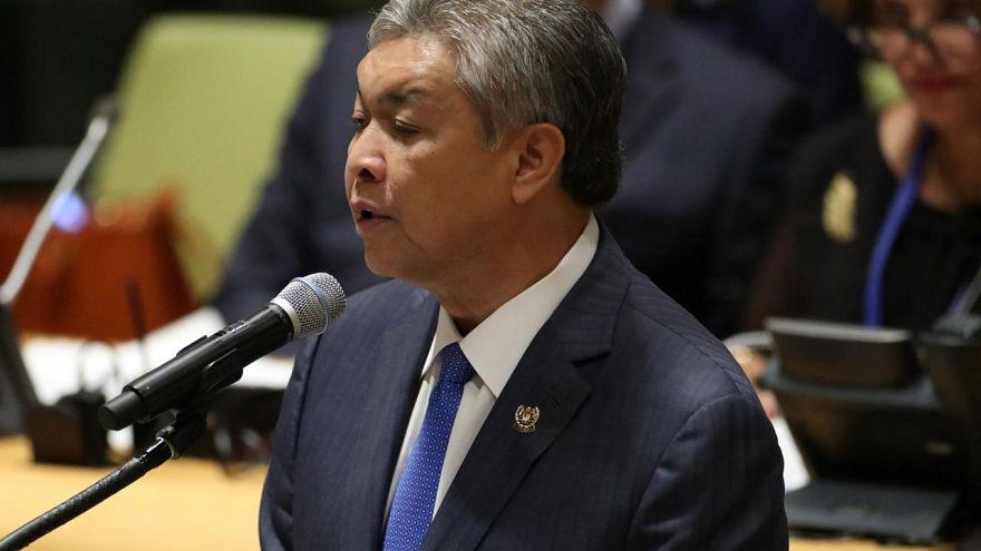 Malezya'da eski başbakan yardımcısı yolsuzluk suçlamasıyla gözaltına alındı