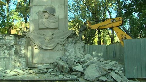 Варшава: снос памятника советским солдатам