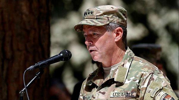 فرمانده آمریکایی ناتو در افغانستان از سوقصد جان سالم بهدر برد