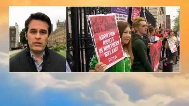 Continúa el debate sobre la ley del aborto en Irlanda del Norte