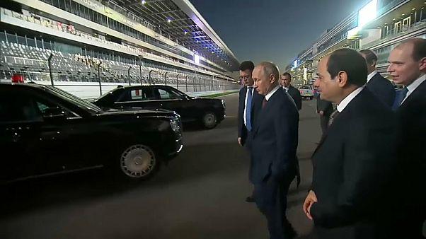 VİDEO | Putin direksiyona geçti, El Sisi'yi Formula 1 pistinde gezdirdi