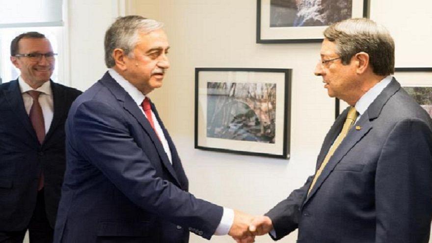 Συνάντηση Αναστασιάδη - Ακιντζί στις 26 Οκτωβρίου