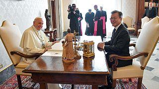 Papa, Kuzey Kore'yi ziyaret için aldığı sözlü daveti değerlendiriyor