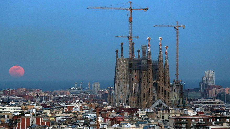 Barcelona erteilt Bauerlaubnis für Sagrada Familia - 130 Jahre nach Beginn der Arbeiten