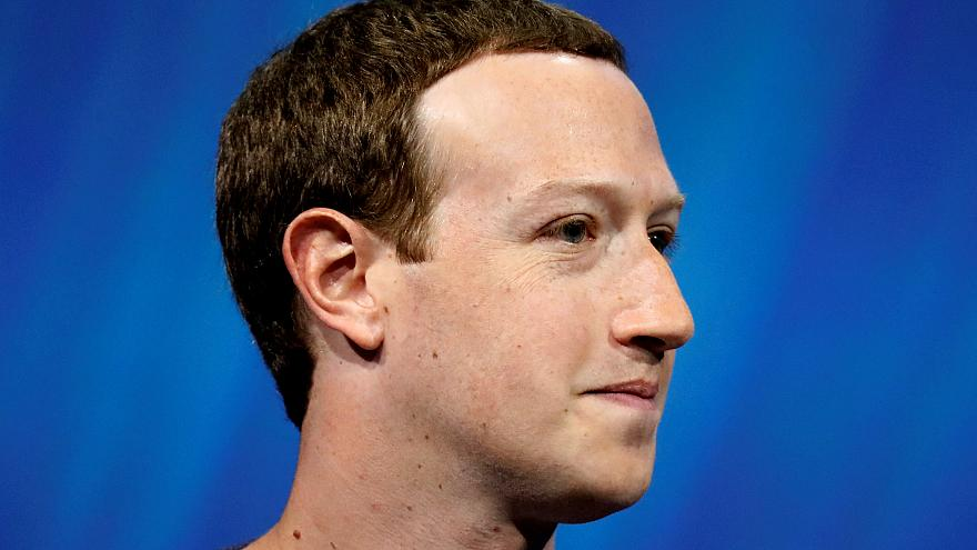 Multa simbólica a Facebook por el escándalo de Cambridge Analytica