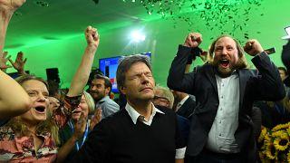Mélyponton a német kormánypártok, másodikok a zöldek