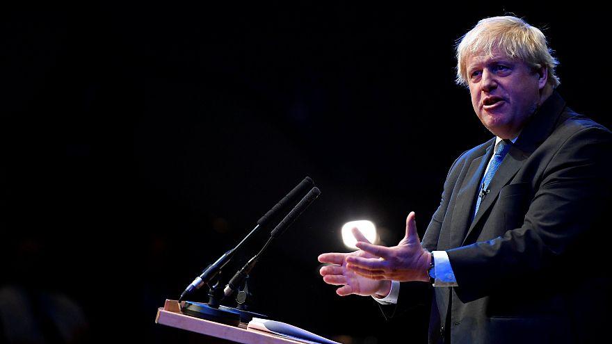 Johnson pide que se descarte el Plan de Chequers