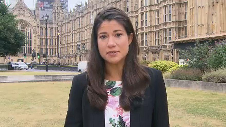 "Theresa May chega a acordo para um ""soft Brexit"""