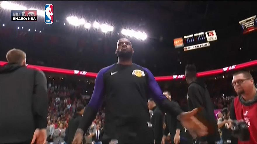 LeBron James estreia-se pelos Lakers
