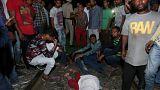Hindistan'da meydana gelen tren kazasında en az 50 kişi hayatını kaybetti