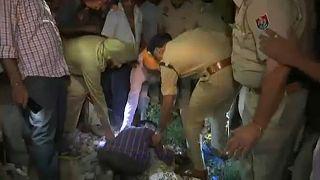 Vasúti tragédia egy indiai fesztiválon