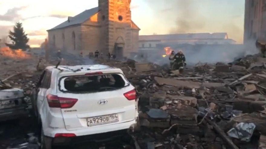 Νεκροί και τραυματίες από έκρηξη σε εργοστάσιο πυροτεχνημάτων