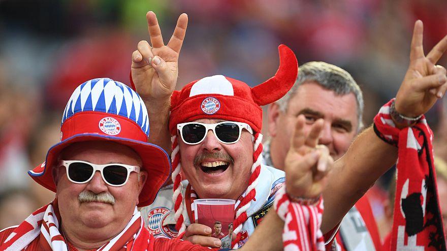 """""""Scheißdreck gespielt"""" und Medienschelte: Selbst Fans entsetzt von Bayern-Bossen"""