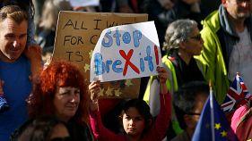 AB yanlıları Brexit'e 'hayır' dedi 700 bin kişi Londra'daki yürüyüşte bir araya geldi