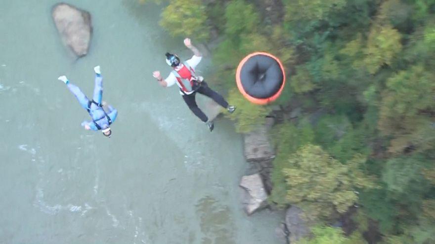 Jumpers celebrate 39th anniversary of West Virginia bridge
