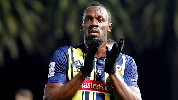 Usain Bolt'a profesyonel sözleşme önerildi