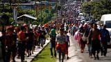 Büyük sığınmacı yürüyüşüne Trump'tan ekonomik tehdit