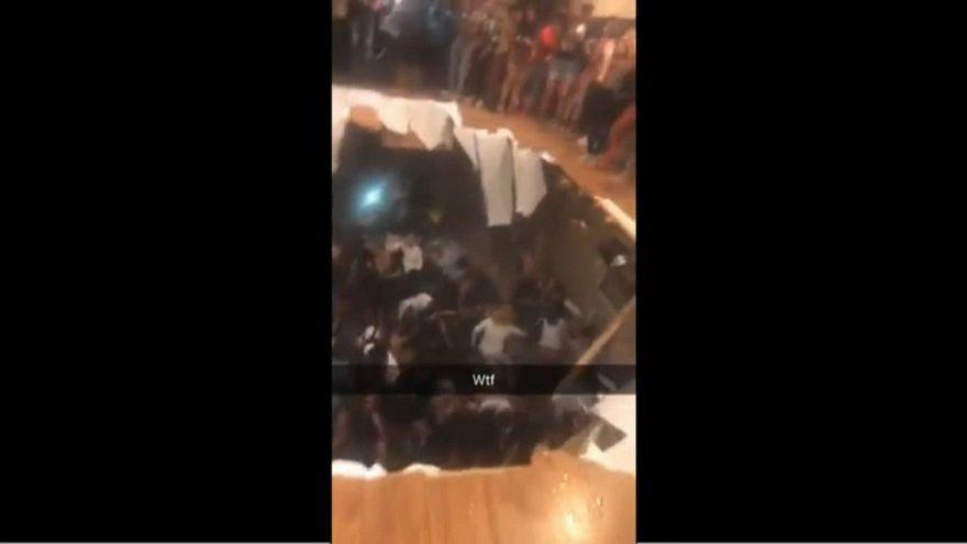 انهيار أرضية شقة أثناء حفل في بلدة كليمسون