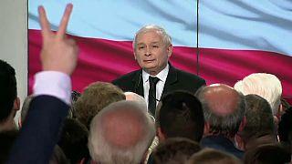 """Оппозиция """"берёт"""" Варшаву"""