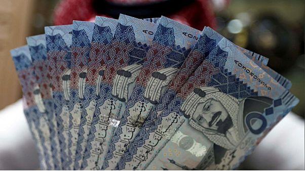 الأجانب يبيعون 1.1 مليار دولار من الأسهم السعودية في أسبوع واحد