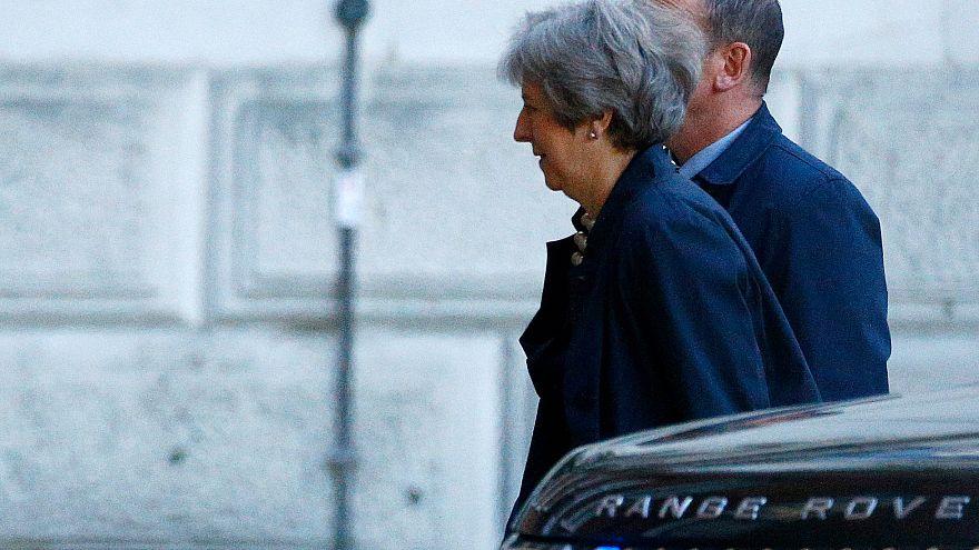 """Un diputado conservador dice que May """"estará muerta pronto"""""""