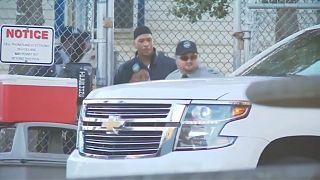 شاهد: الإفراج عن لاعب كرة القدم الأمريكية راي كاروث بعد 19 عاما من السجن