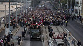 Fáklyás felvonulás a budapesti Raoul Wallenberg rakparton október 22-én