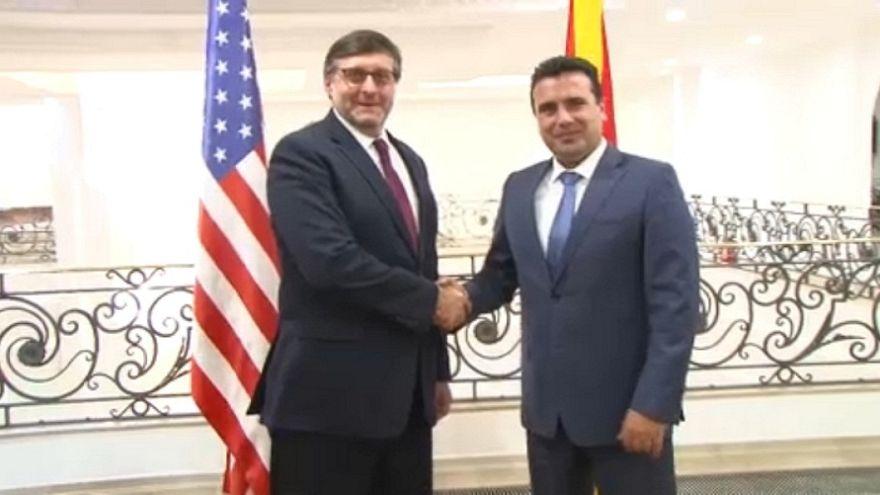 ΠΓΔΜ: Μπρα ντε φερ ΗΠΑ - Ρωσιας για την ψηφοφορία