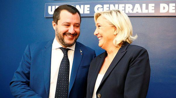 تنش اقتصادی میان اتحادیه اروپا و ایتالیا؛ بازی برد برد راست گرایان افراطی