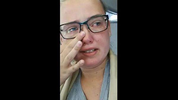 السويد: توجيه الاتهام لامرأة عرقلت إقلاع رحلة جوية احتجاجاً على ترحيل أفغاني