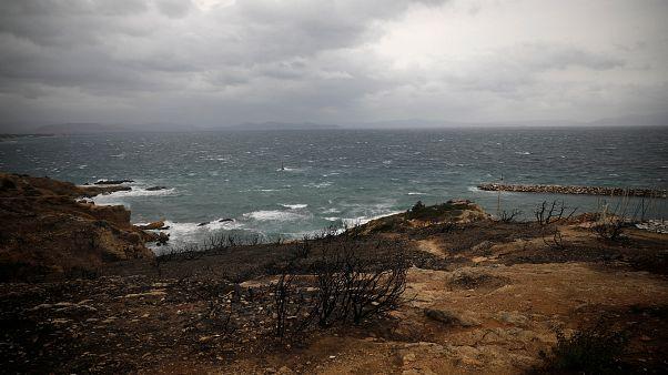 Athen: Hunderte Griechen denken der Brandopfer von Mati