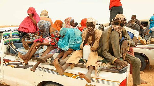 من أغاديز... تعرفوا على معاناة المهاجرين الى أوروبا عبر ليبيا والعائدين أدراجهم هلعاً