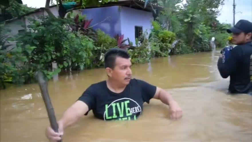 L'uragano Willa punta il Messico