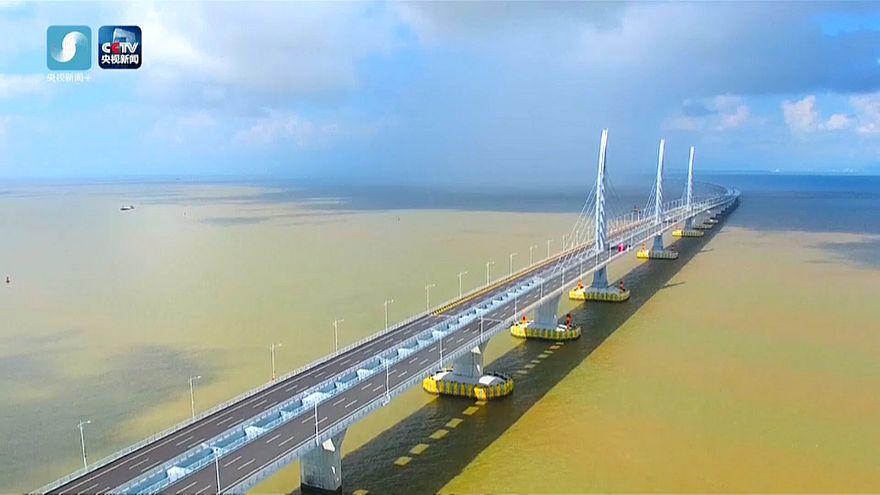 Chinas Rekordbrücke: 55 Kilometer für 20 Milliarden