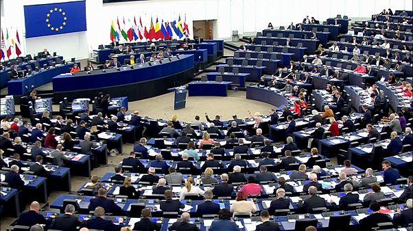 Eurodeputados votam em Estrasburgo