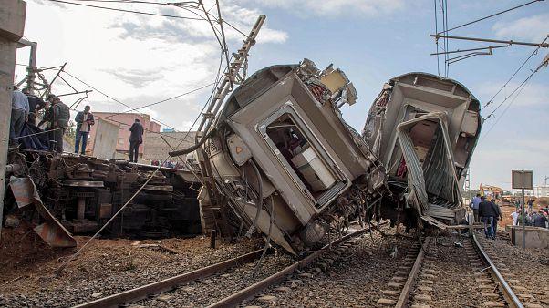 السرعة الفائقة كانت السبب بخروج قطار المغرب عن مساره ومقتل 7 من ركابه