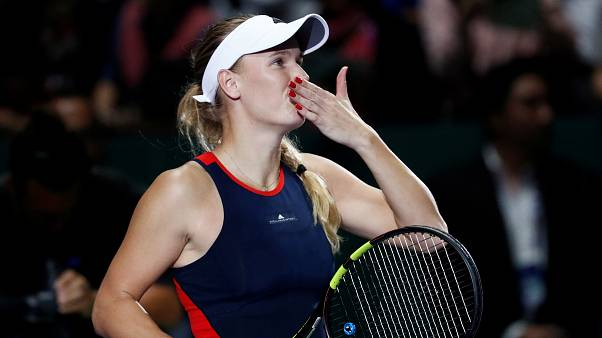 Wozniacki y Svitolina apuntan hacia las semifinales en Singapur